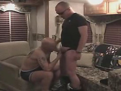 Amateurish shaved head hardcore sex
