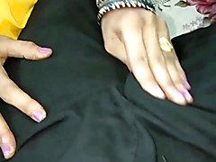 Padosi ki bhabi ko grandpa ne choda with indian desi clip