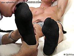 Mature guys feet worship makes a lad jack off until bursting up