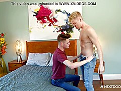 Nextdoortwink young twinks finally find alone time