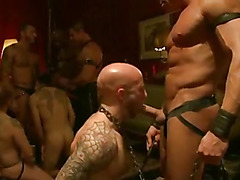 Group gay BDSM vid