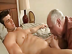Mature guy sucks body builder